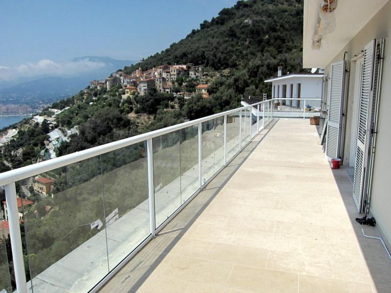 balcony balustrades balcony railings glass balcony On balcony balustrade