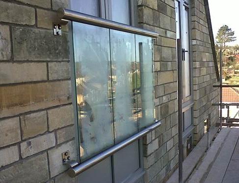 Mirror Juliet Balconies Glass Balustrades