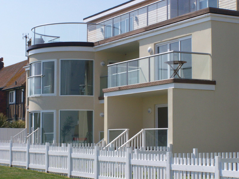 Briliant glass balustrades glass balustrades for Glass balcony