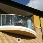 curved glass balcony