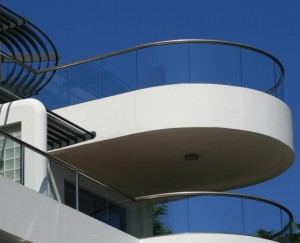 semi frameless glass balustrade